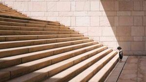 El coaching te ayuda a atreverte a dar el primer paso y subir cada uno de los escalones.